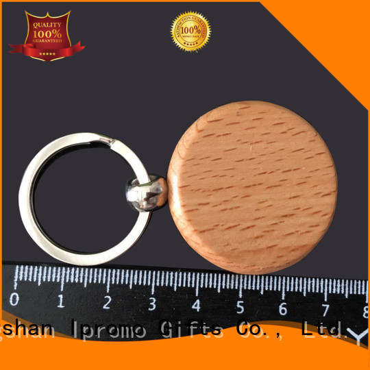 Ipromo durable personalised wooden keychain package for memento