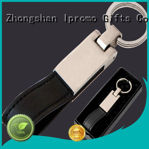 Ipromo fashion leather keychain ideas package for memento